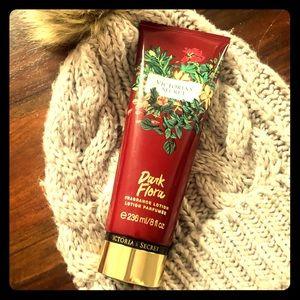 VS Dark Flora Fragrance Lotion
